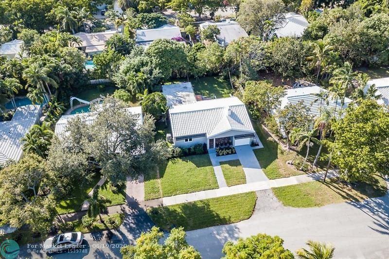 Photo of 715 N Victoria Park Rd, Fort Lauderdale, FL 33304 (MLS # F10234522)