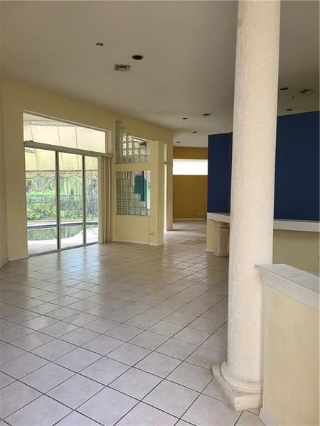 Photo of 2624 Oakbrook Dr, Weston, FL 33332 (MLS # F10272522)