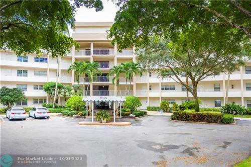 Foto de inmueble con direccion 3800 Oaks Clubhouse Dr #209 Pompano Beach FL 33069 con MLS F10254524