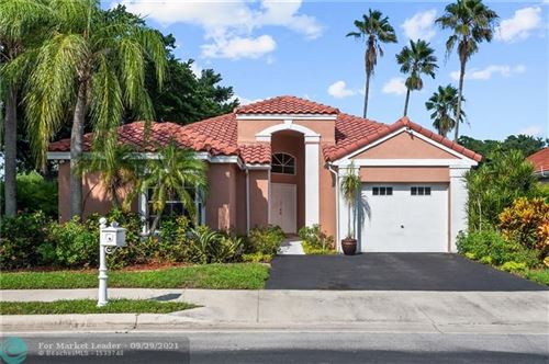 Photo of 516 Bridgeton Rd, Weston, FL 33326 (MLS # F10302524)