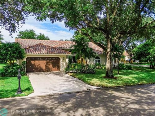 Photo of 9645 NW 60th Dr, Parkland, FL 33076 (MLS # F10239525)