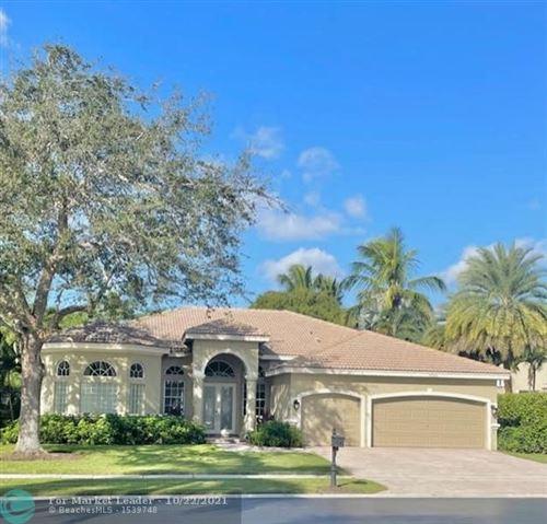 Photo of 9562 Parkview Avenue, Boca Raton, FL 33428 (MLS # F10305529)
