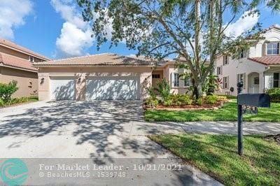 Photo of 921 Crestview Cir, Weston, FL 33327 (MLS # F10302532)