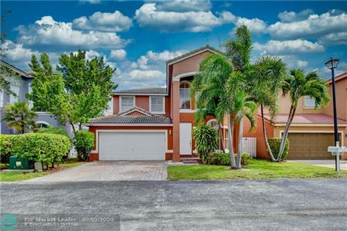 Photo of Listing MLS f10236534 in 3813 SW 49th Pl Fort Lauderdale FL 33312