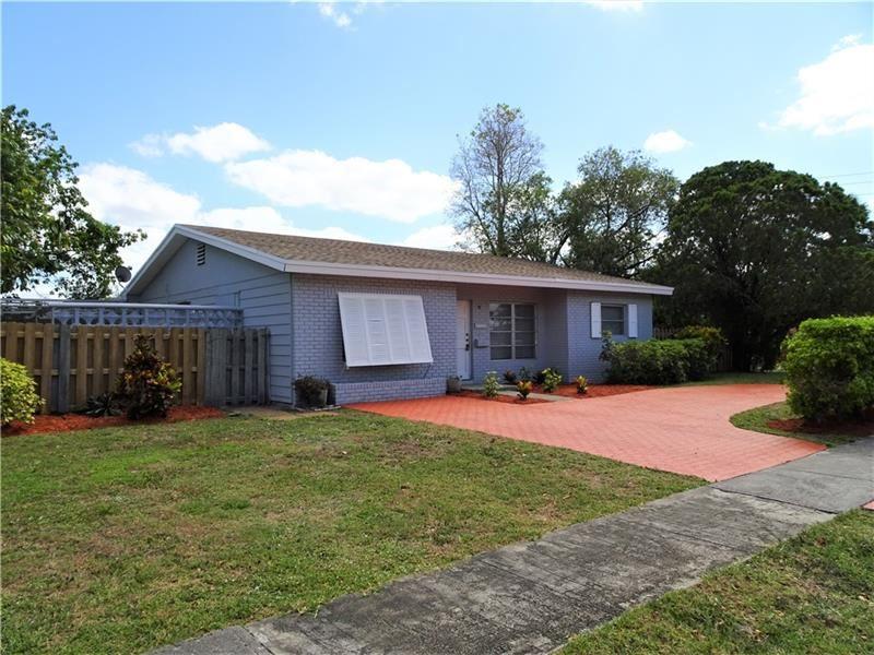 Photo of 6710 Rio Pinar, North Lauderdale, FL 33068 (MLS # F10281538)