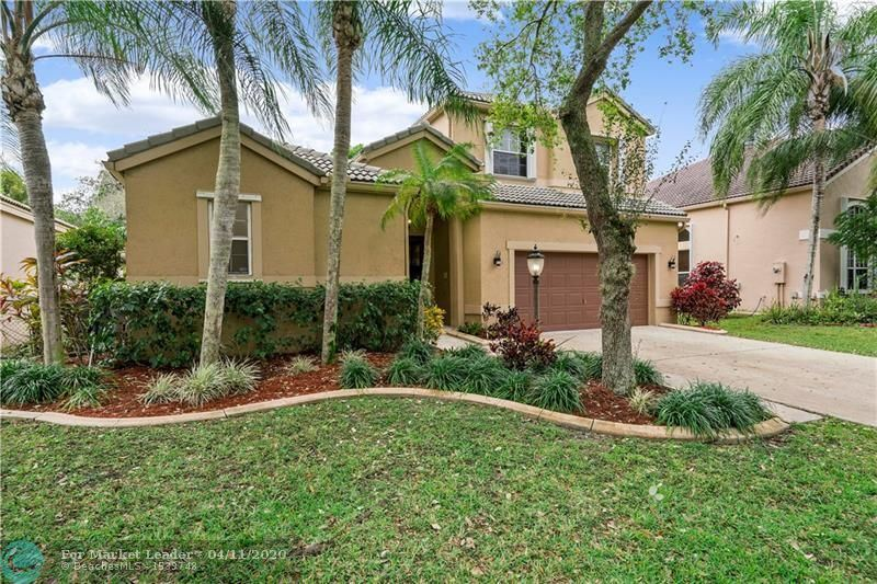 Photo for 6632 NW 78th Dr, Parkland, FL 33067 (MLS # F10219539)