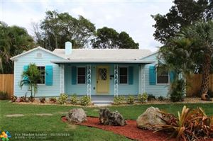 Photo of 345 S Swinton Ave, Delray Beach, FL 33444 (MLS # F10176541)