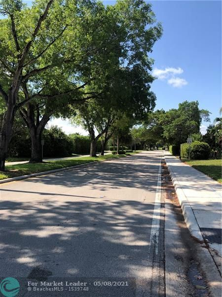 Photo of 2720 Forest Hills Blvd #202, Coral Springs, FL 33065 (MLS # F10283541)