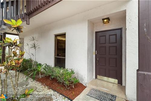 Photo of 9250 Sable Ridge Cir, Boca Raton, FL 33428 (MLS # F10206548)