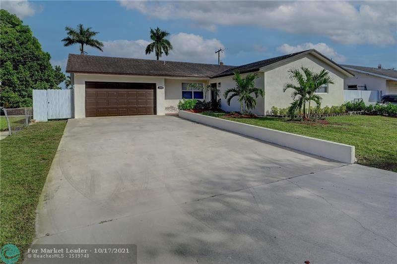 Photo of 1715 SW 97th Ter, Miramar, FL 33025 (MLS # F10304548)
