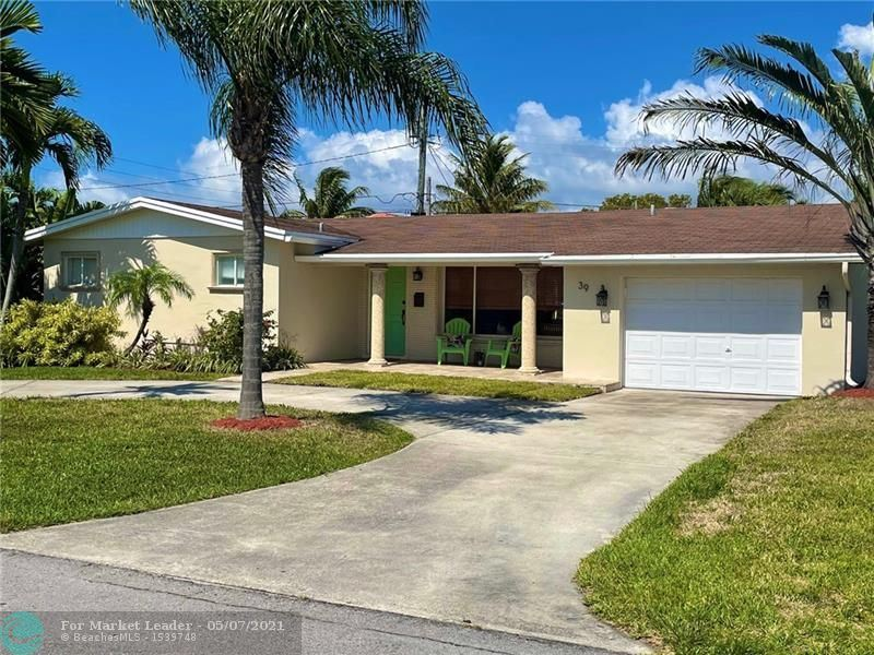 Photo of 39 SE 8th Ter, Deerfield Beach, FL 33441 (MLS # F10283549)