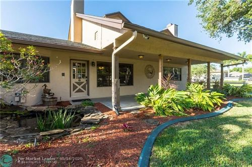 Photo of Listing MLS f10222552 in 17200 SW 65th Ct Southwest Ranches FL 33331