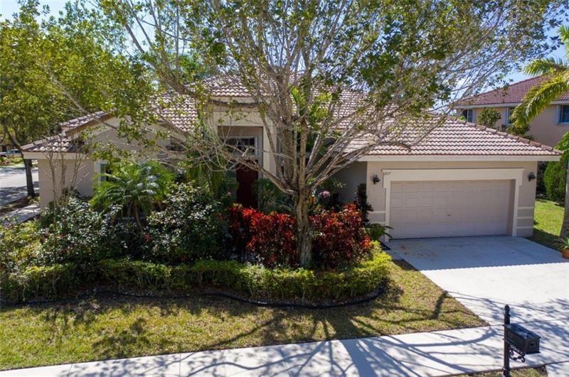 3857 Heron Ridge Ln, Weston, FL 33331 - #: F10268552