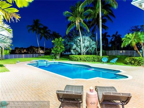 Tiny photo for 3360 Bridle Path Ln, Weston, FL 33331 (MLS # F10173556)