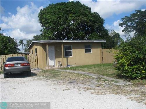 Photo of 1559 NW 10th Pl, Fort Lauderdale, FL 33311 (MLS # F10305556)