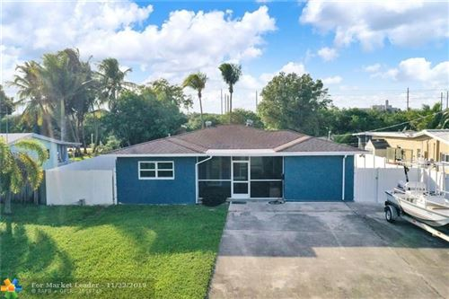 Photo of 4565 SW 35th Ave, Fort Lauderdale, FL 33312 (MLS # F10204557)