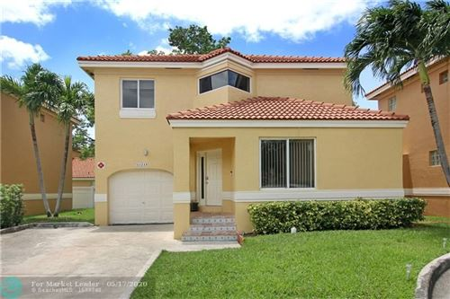 Photo of Listing MLS f10229557 in 11215 Lakeview Dr #55P Coral Springs FL 33071