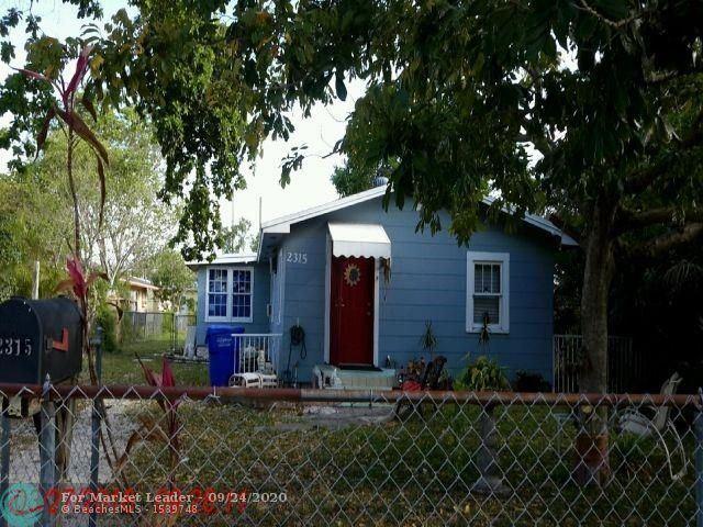 Photo of 2315 Monroe St, Hollywood, FL 33020 (MLS # F10250560)