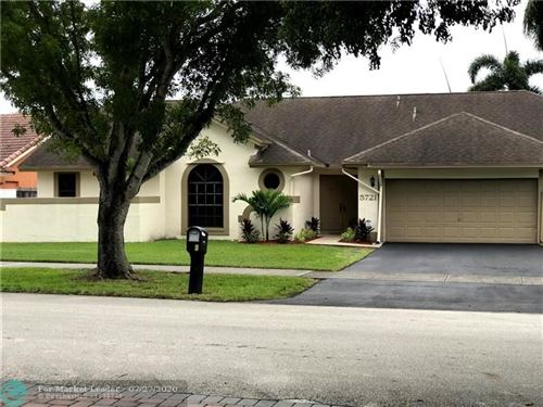 Photo of Listing MLS f10240563 in 5721 SW 88th Ter Cooper City FL 33328