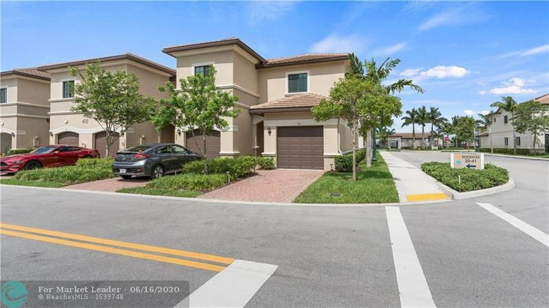 Photo of 4212 N Dixie Hwy #32, Oakland Park, FL 33334 (MLS # F10232563)