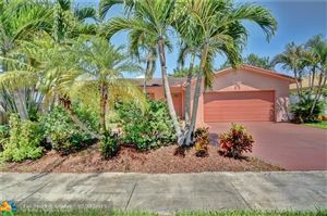 Photo of Listing MLS f10184572 in 804 NW 76th Ter Plantation FL 33324