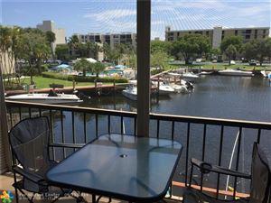 Photo of 3 Royal Palm Way, Boca Raton, FL 33432 (MLS # F10193572)