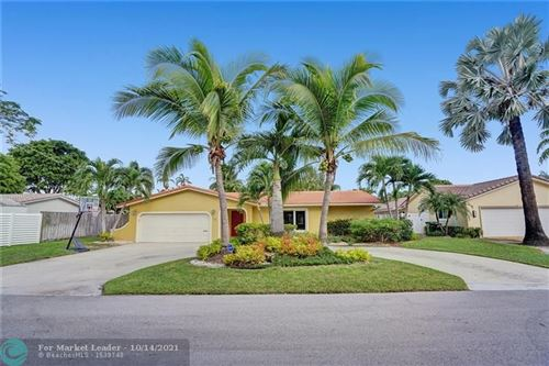 Photo of 38 Fort Royal Is, Fort Lauderdale, FL 33308 (MLS # F10304574)
