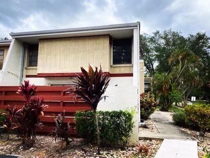 Photo of 3001 Lakewood Ln #299, Hollywood, FL 33021 (MLS # F10278577)