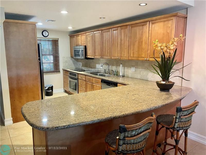 4000 Cypress Grove Way #101, Pompano Beach, FL 33069 - #: F10292578