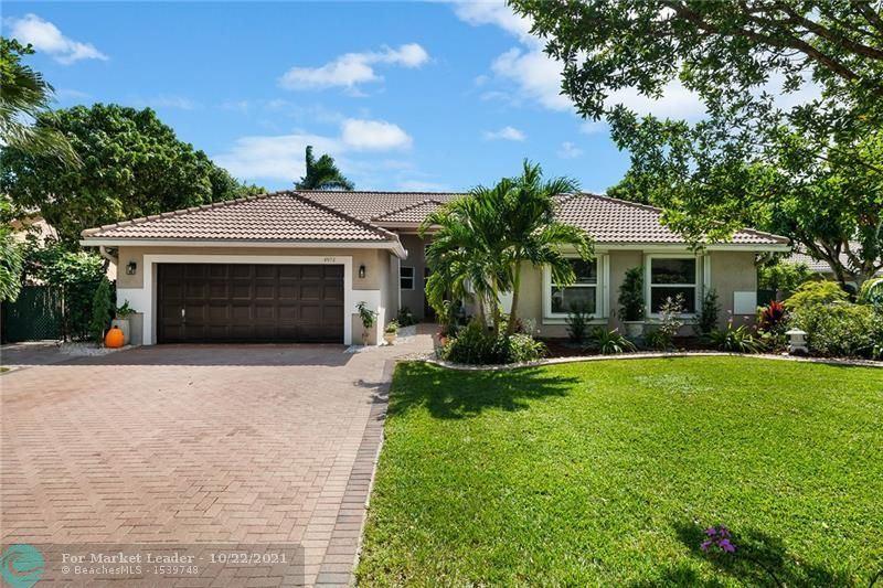 4972 NW 51st St, Coconut Creek, FL 33073 - #: F10305580