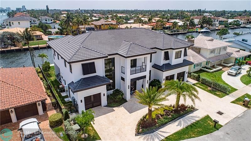 Photo of 1534 SE 12th Ct, Deerfield Beach, FL 33441 (MLS # F10246584)
