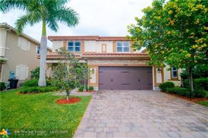 Photo of 10171 Lake Vista Ct, Parkland, FL 33076 (MLS # F10199589)