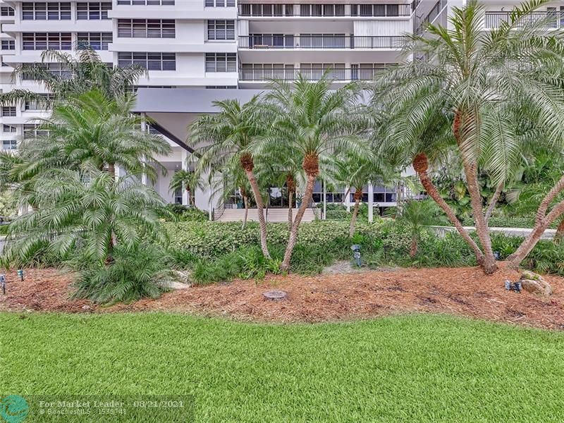Photo of 4280 Galt Ocean Dr #9C, Fort Lauderdale, FL 33308 (MLS # F10297590)