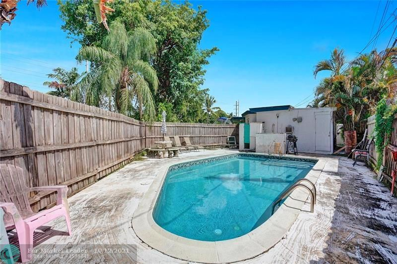 Photo of 3780 NW 5th Ave, Oakland Park, FL 33309 (MLS # F10303590)