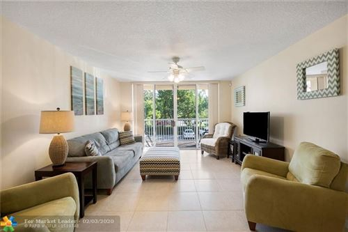 Photo of Listing MLS f10214592 in 619 E SHERIDAN ST #207 Dania Beach FL 33004