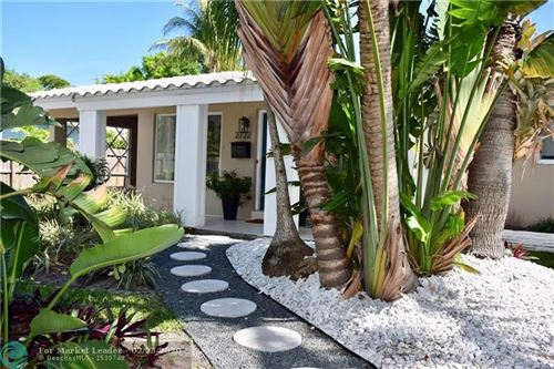 Photo of Listing MLS f10217593 in 2732 NE 16th Ave Wilton Manors FL 33334