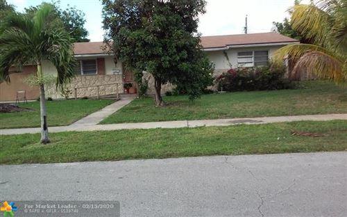 Foto de inmueble con direccion 4401 NW 6TH STREET Plantation FL 33317 con MLS F10216594