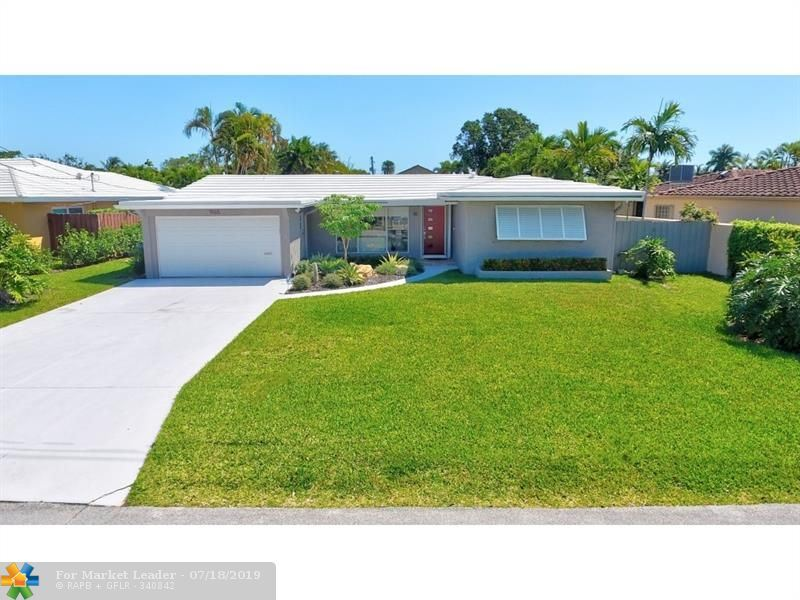 Photo for 1965 Coral Gardens Dr, Wilton Manors, FL 33306 (MLS # F10161596)
