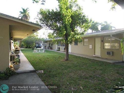 Photo of 412 SE 9th St #3, Fort Lauderdale, FL 33316 (MLS # F10268597)