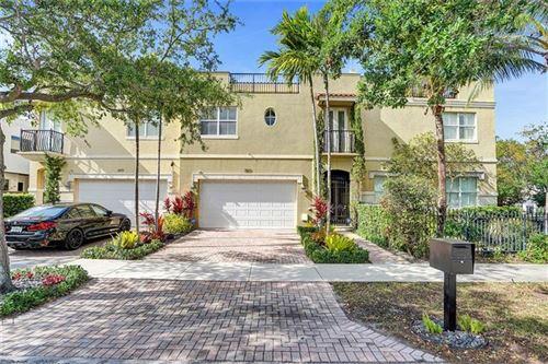 Photo of 2517 NE 18th St, Fort Lauderdale, FL 33305 (MLS # F10278597)