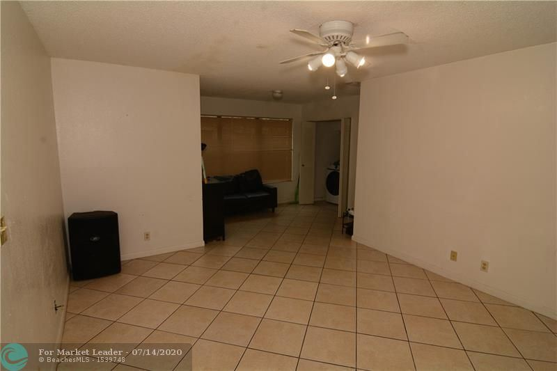 Photo of 2846 S University Dr #4107, Davie, FL 33328 (MLS # F10238598)