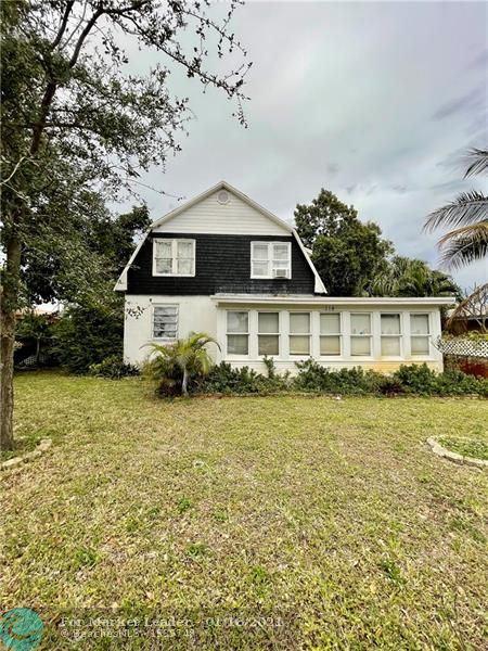 Photo of 218 SW 13th St, Dania Beach, FL 33004 (MLS # F10257599)