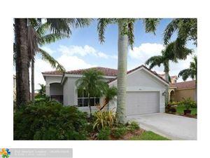 Tiny photo for 924 Tanglewood Cir, Weston, FL 33327 (MLS # F10179607)