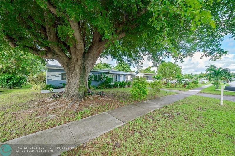 Photo of 6900 SW 23rd St, Miramar, FL 33023 (MLS # F10249607)