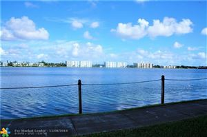 Photo of 118 Lake Emerald Dr #406, Oakland Park, FL 33309 (MLS # F10202608)