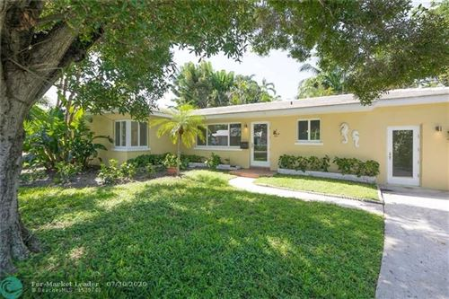 Photo of 301 Linda Ln, West Palm Beach, FL 33405 (MLS # F10237612)