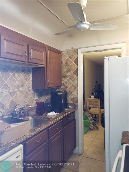 3001 NW 48th Ave #237, Lauderdale Lakes, FL 33313 - #: F10291617
