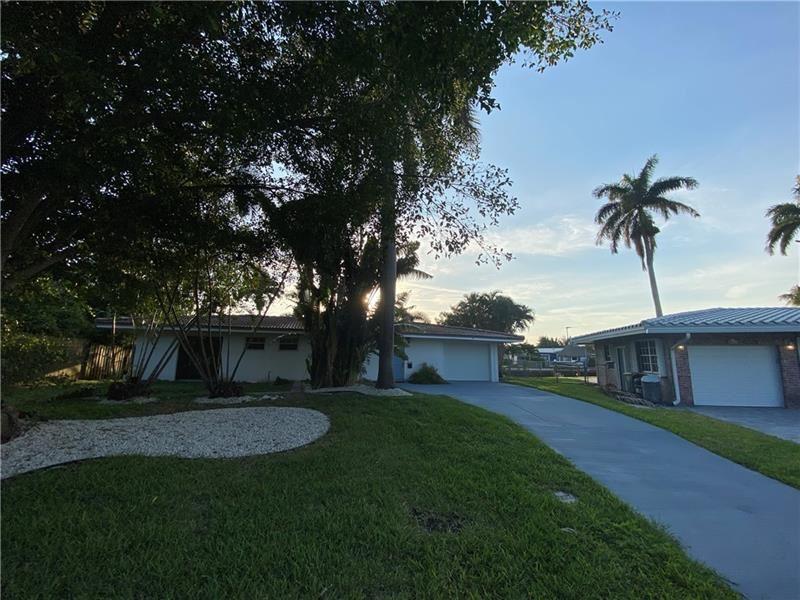 Photo of 4931 NE 25th Ave, Lighthouse Point, FL 33064 (MLS # F10280618)