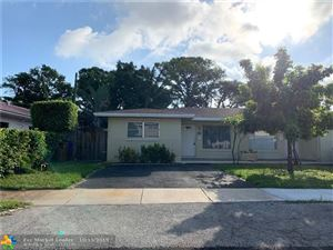Photo of 270 SE 8th Ter, Deerfield Beach, FL 33441 (MLS # F10199619)