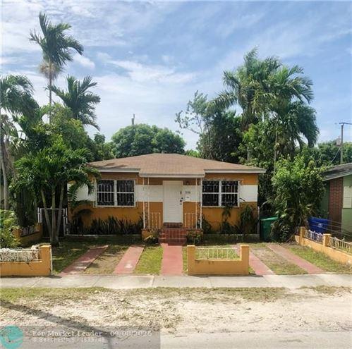 Photo of 3606 SW 25th Ter, Miami, FL 33133 (MLS # F10247619)